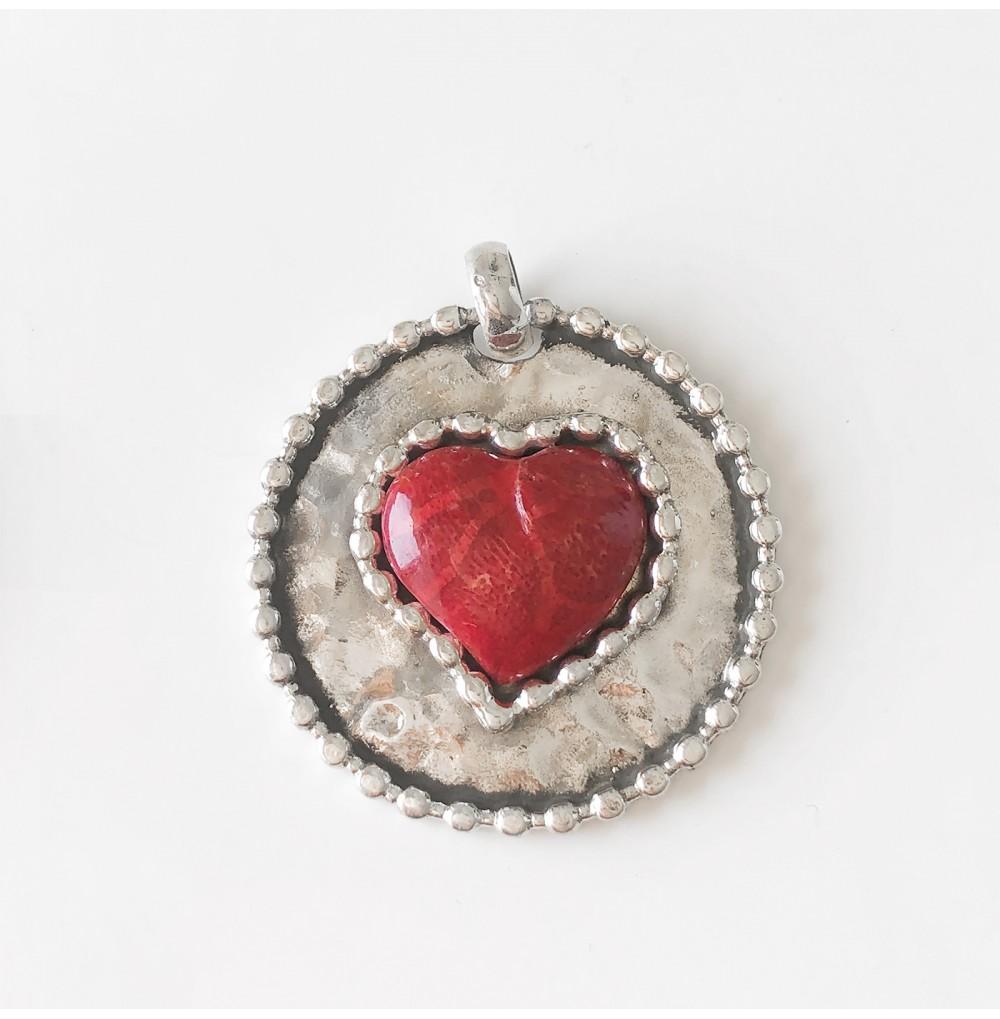 Medalha Coração em Coral